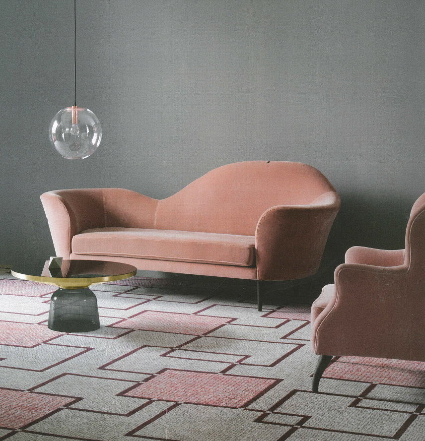 The large scale of this mid-century chain feels modern.